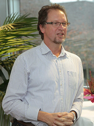 Dr. Gerold Hecht