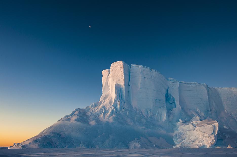 snow-mountain-stefan-christmann.jpg