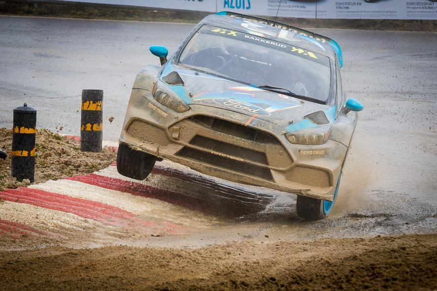Building upon his successes during Day 1 of World Rallycross Portugal—initially holding the fastest lap in open practice, winning his Qualifying 1 race (which also happened to be the first-ever competitive outing for the Focus RS RX) and finishing out the day 4th overall in the standings—Hoonigan Racing Division's Andreas Bakkerud returned to the track in Portugal on Day 2 with the straightforward goal: make it to the final in his brand-new Ford Focus RS RX rallycross car. As it would turn out, he did one better than that, making it all the way to the final where he finished 4th overall.