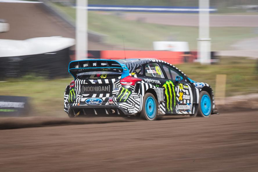 Hoonigan Racing Division's Andreas Bakkerud continued on his streak of making World Rallycross history by winning this past weekend's event in Höljes, Sweden. The win marks the first-ever back-to-back win for the all-new Ford Focus RS RX rallycross car, as well as the first-ever back-to-back win in World RX for Hoonigan Racing Division.