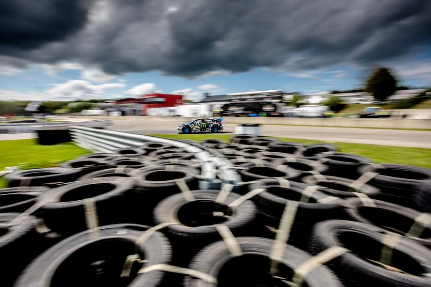 Round 4 of the 2017 World RX Championship took the HRD duo of Ken Block and Andreas Bakkerud to Mettet, Belgium, where the drivers both had a handful of wins off the starting line during their respective Qualifying Races, as well as demonstrating improved pace overall throughout the weekend. To really drive home the off-the-line prowess, Bakkerud even snagged the Monster Energy Supercharge award, which is awarded to the driver with the fastest reaction off of the starting line in the Final.