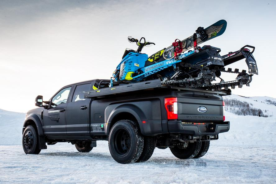 All joking aside, one thing that Ken Block and Hoonigan Racing Division take very seriously are their trucks! A race team requires the right vehicles to move racecars and supplies around, and Block himself requires the right vehicle to enjoy his home-life in the mountains of Park City, Utah. That's why, for 2017, Block has updated his fleet of vehicles to now include a new 2017 Ford Raptor as well as a new 2017 Ford F-450.
