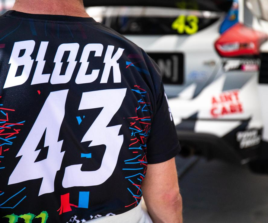 Hoonigan Racing Division's Ken Block has officially kicked off his 2018 rallycross program, in partnership with Steve Arpin and Loenbro Motorsports. Combined, both extremely talented drivers have 10 overall rallycross wins, countless podium finishes and are looking to add more to their respective résumés with help from an updated Ford Focus RS RX rallycross car that Arpin and his team have been developing during the first half of 2018. This updated car will usher in a new era of performance for the Focus RS RX.