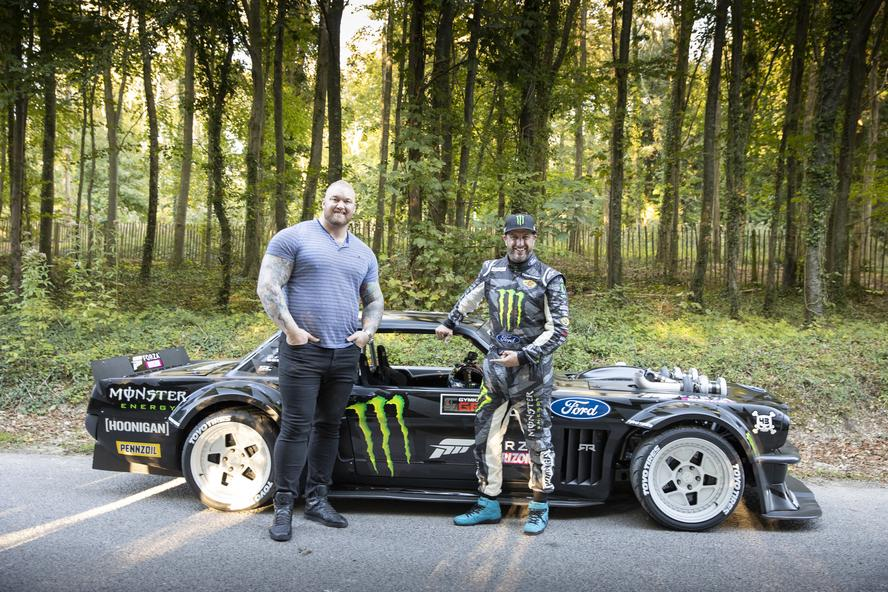 With the release of Forza's latest game, Horizon 4, the team at Xbox invited Ken Block and his Ford Mustang Hoonicorn V2 across the ocean to the Goodwood Estate to participate in their launch event for the game.