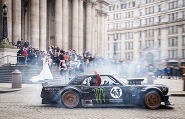 TOP GEAR'S LONDON TOUR WITH KEN BLOCK & MATT LEBLANC