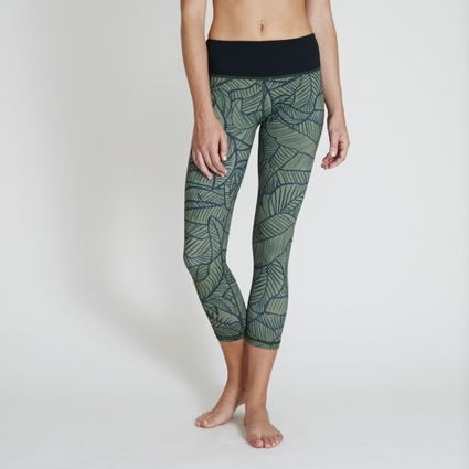 DARK OLIVE PALM LEGGING - CAPRI